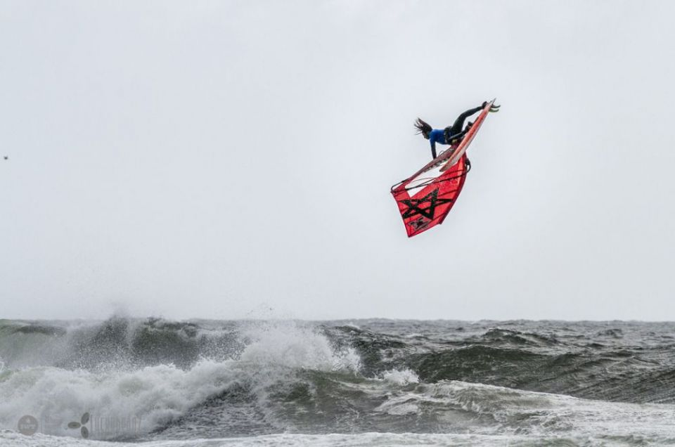 Photo Credits: International Windsurfing Tour - Boujmaa Guilloul push loop at the Rock